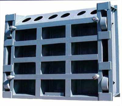大型平面定轮钢闸门